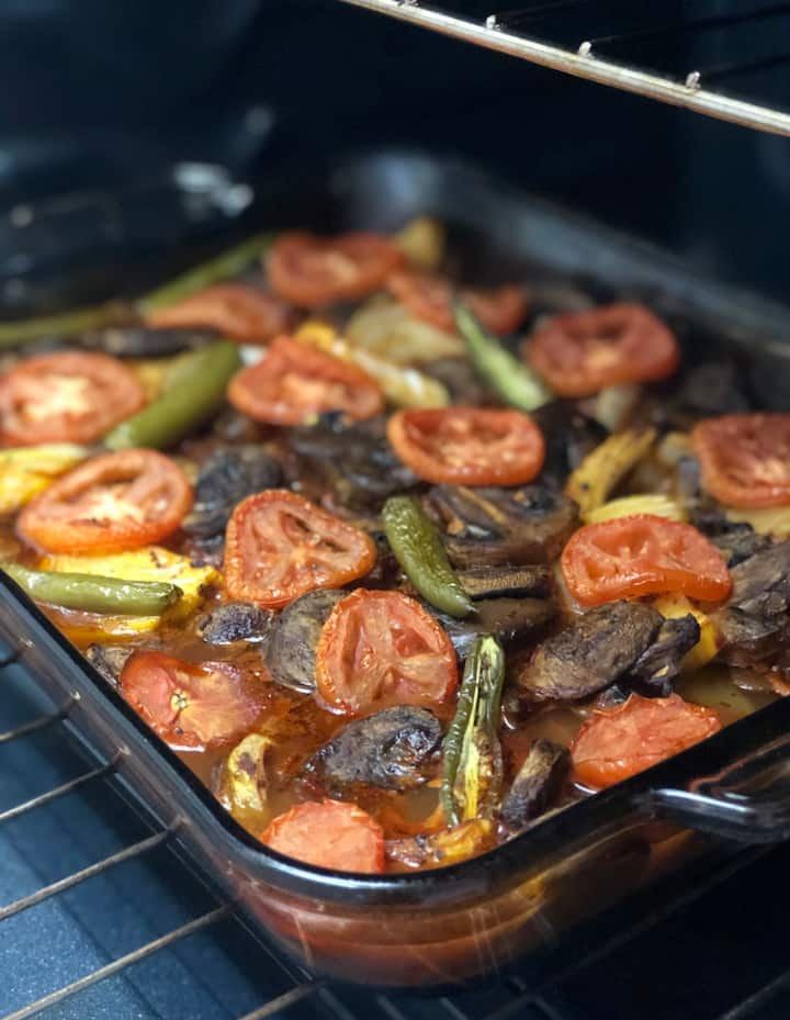 Meat Chop with vegetables in the oven