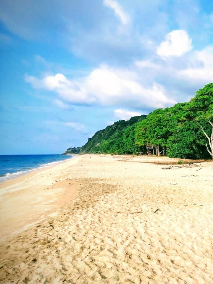 Mal Paso hidden beach