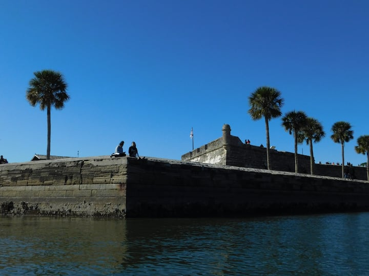 Find multiple geocaches at famous fort.