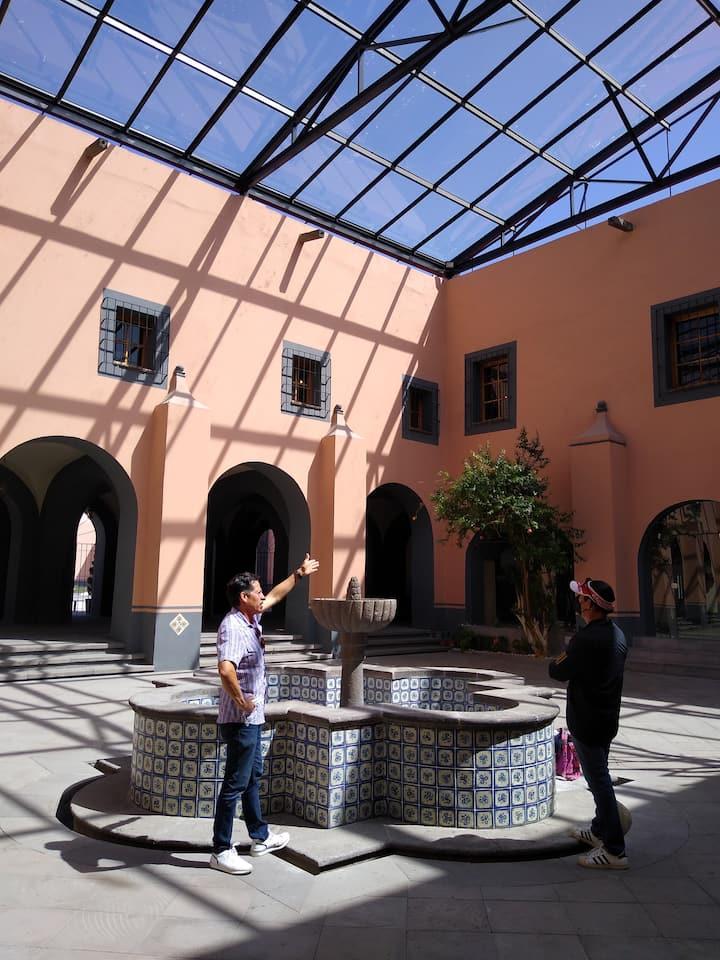Visitando algunos espacios del convento