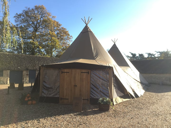Our onsite winter Tentipi