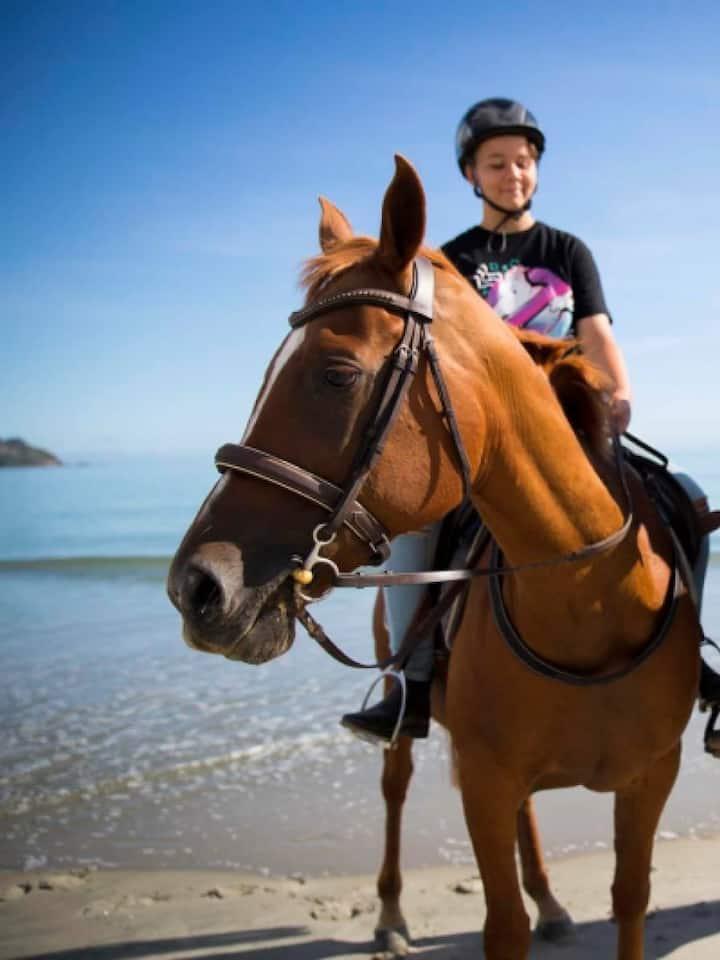 Onetangi beach ride