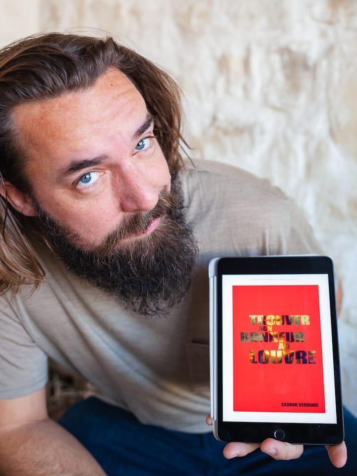 Guide, auteur et humoriste