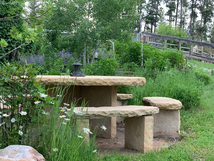 The stone table in the garden