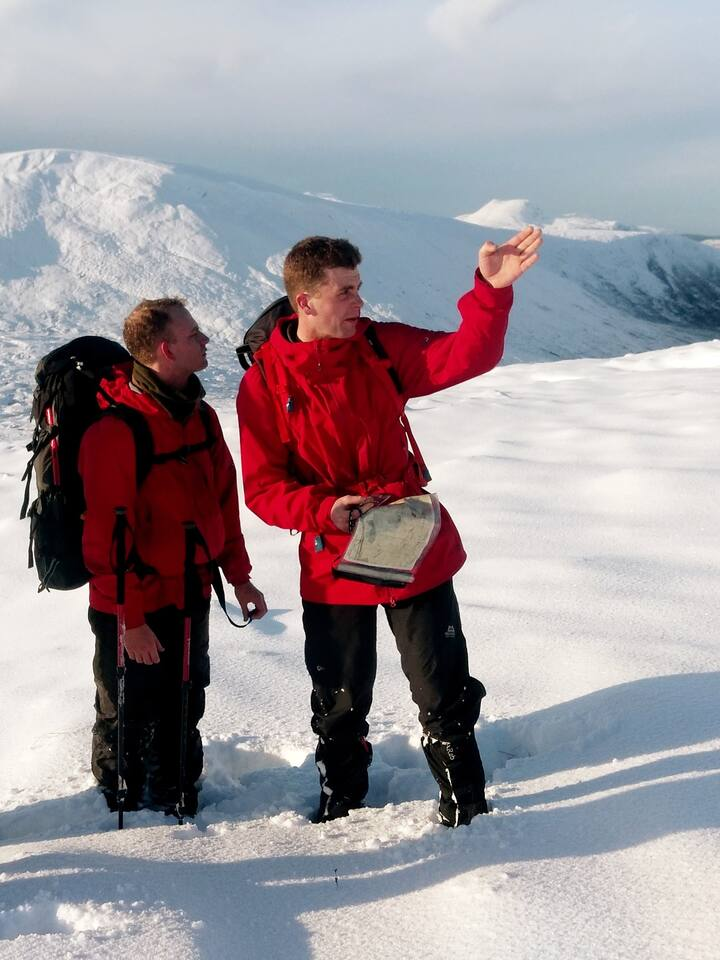 Learning navigation skills