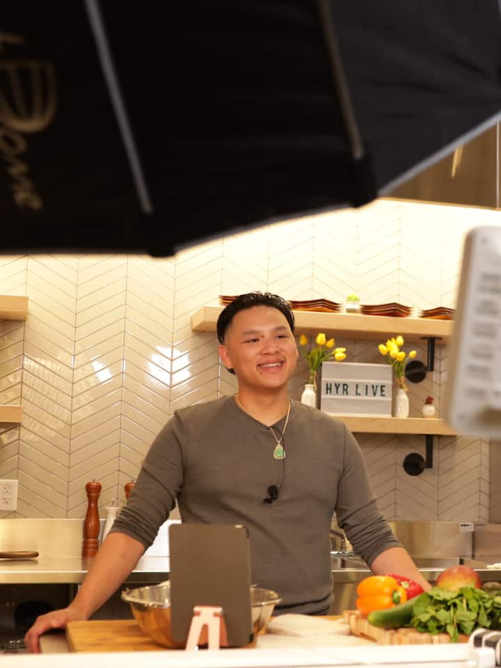 Chef Phil hosting the experience.