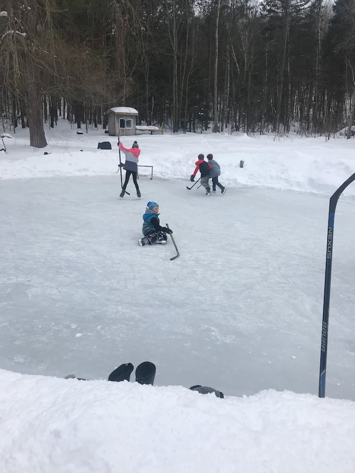 Pond Hockey!