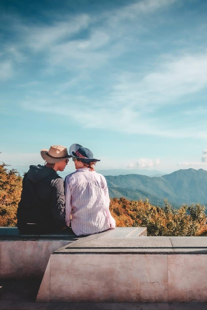 Kiss the Mountain view
