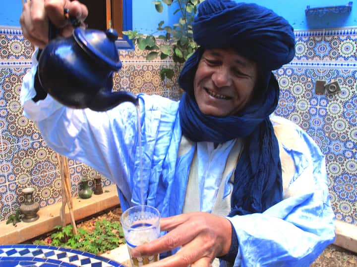 Making traditional tea nomad-style