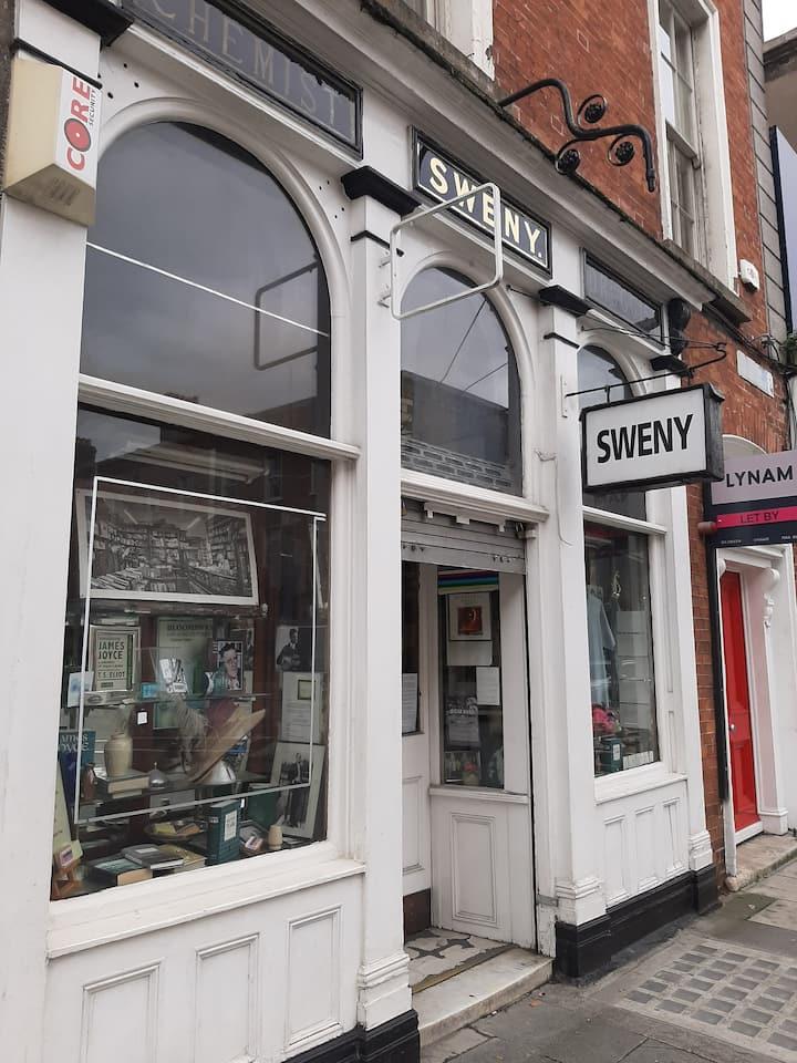 Sweny's (James Joyce)