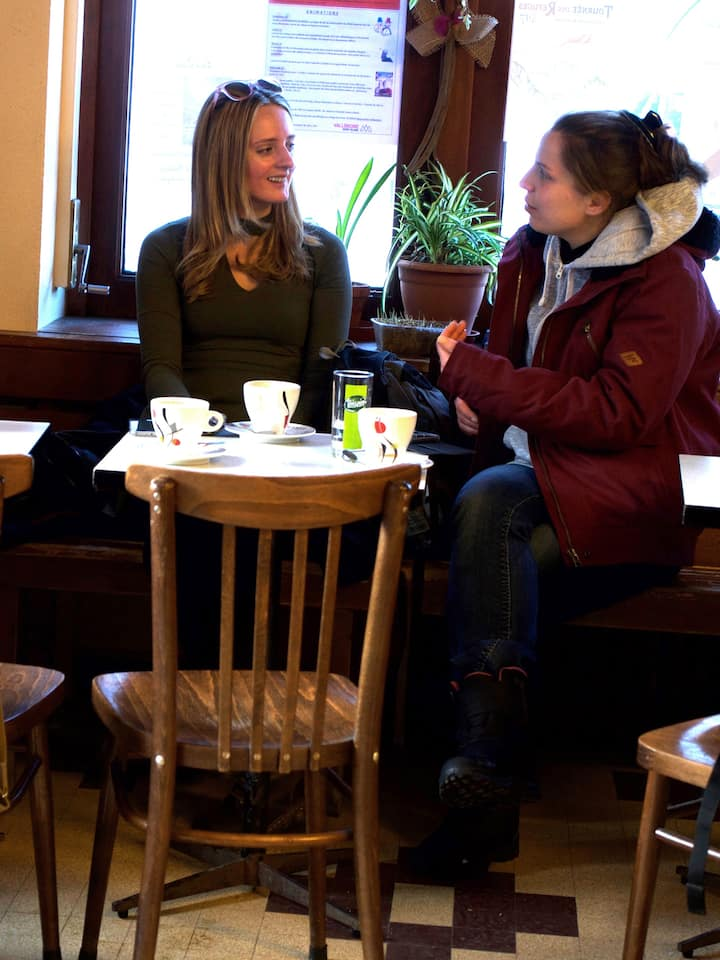 Feel like a local in a local café
