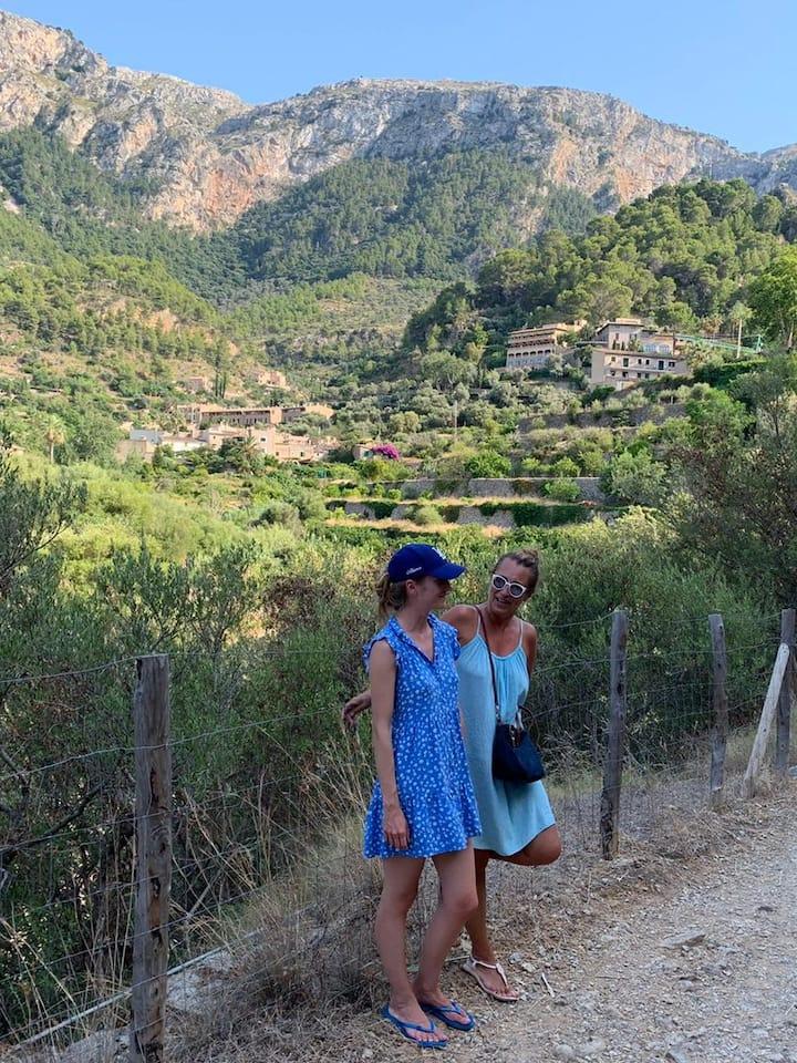 Views of Deìa