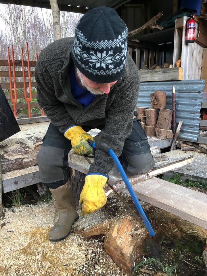 Safe use of a bush saw