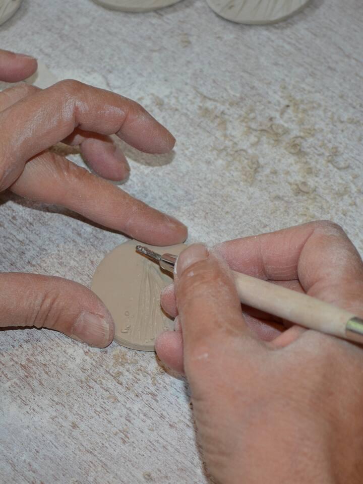 Fabrication de bijoux en porcelaine