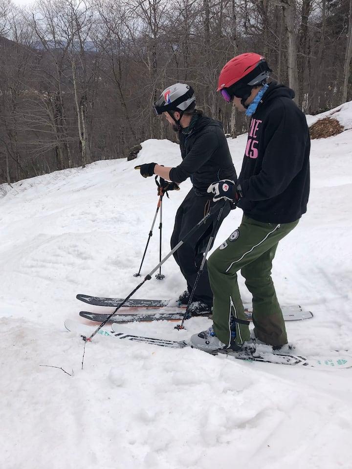 Mogul skiing tactics: choosing the line