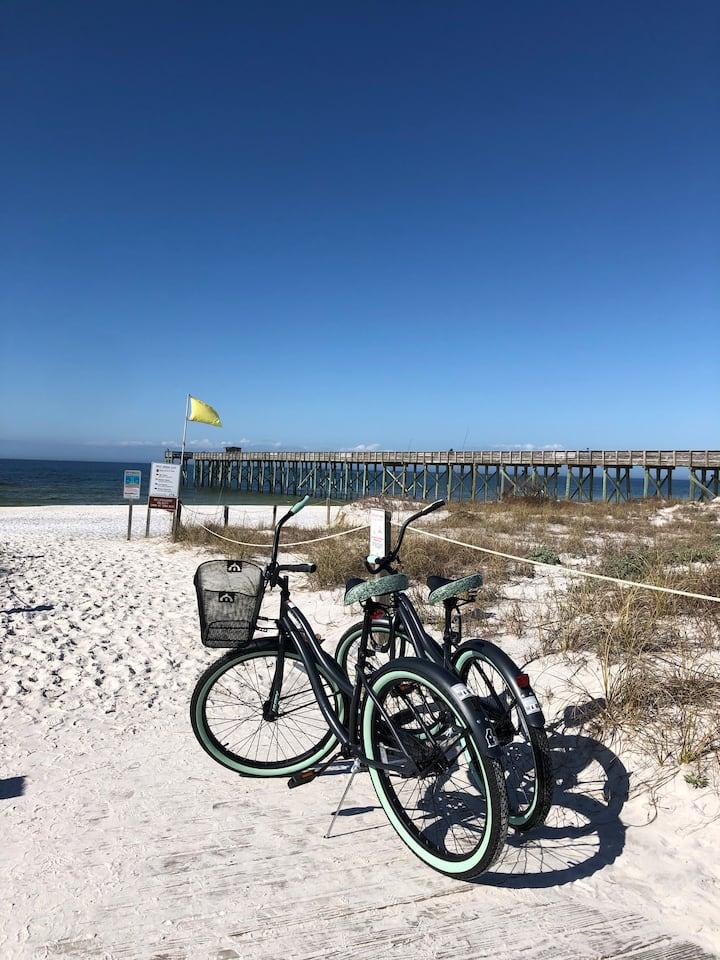 Bikes + Pier