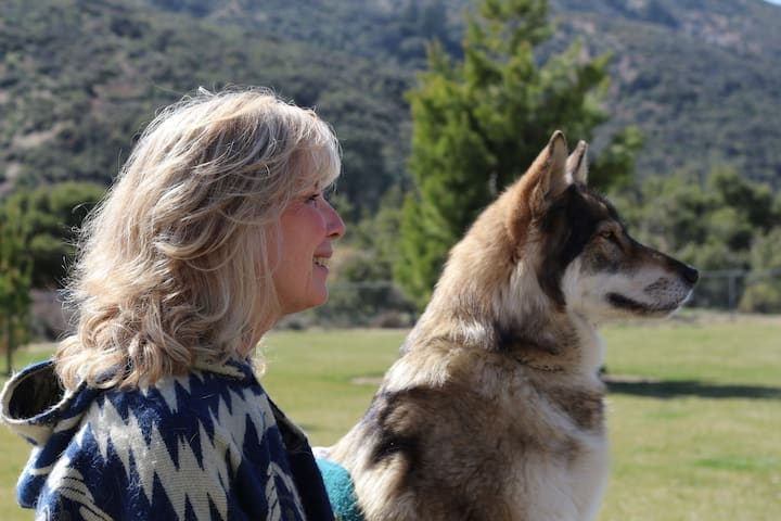 Colette-Wolfmom with Tehya (Precious)