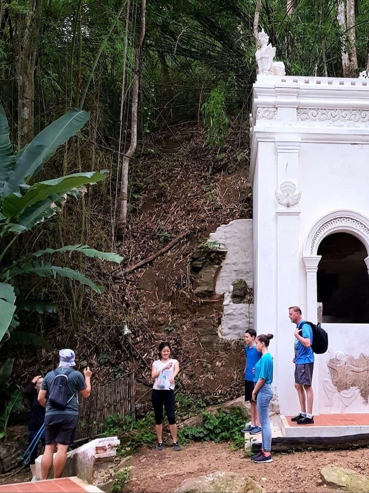 visit 2 temples