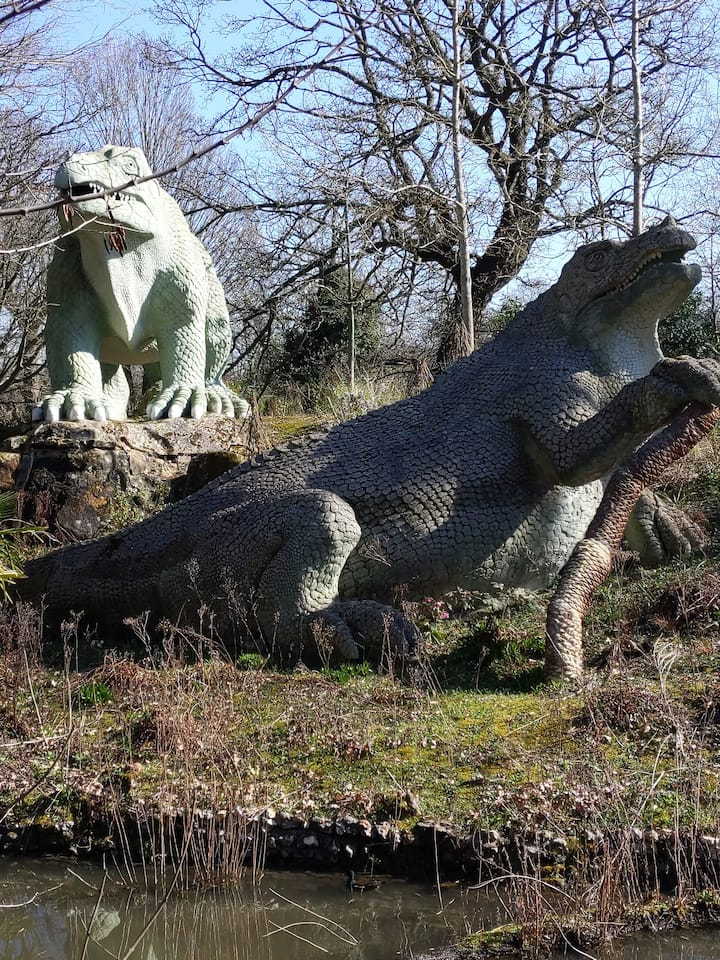 The Crystal Palace Dinosaurs