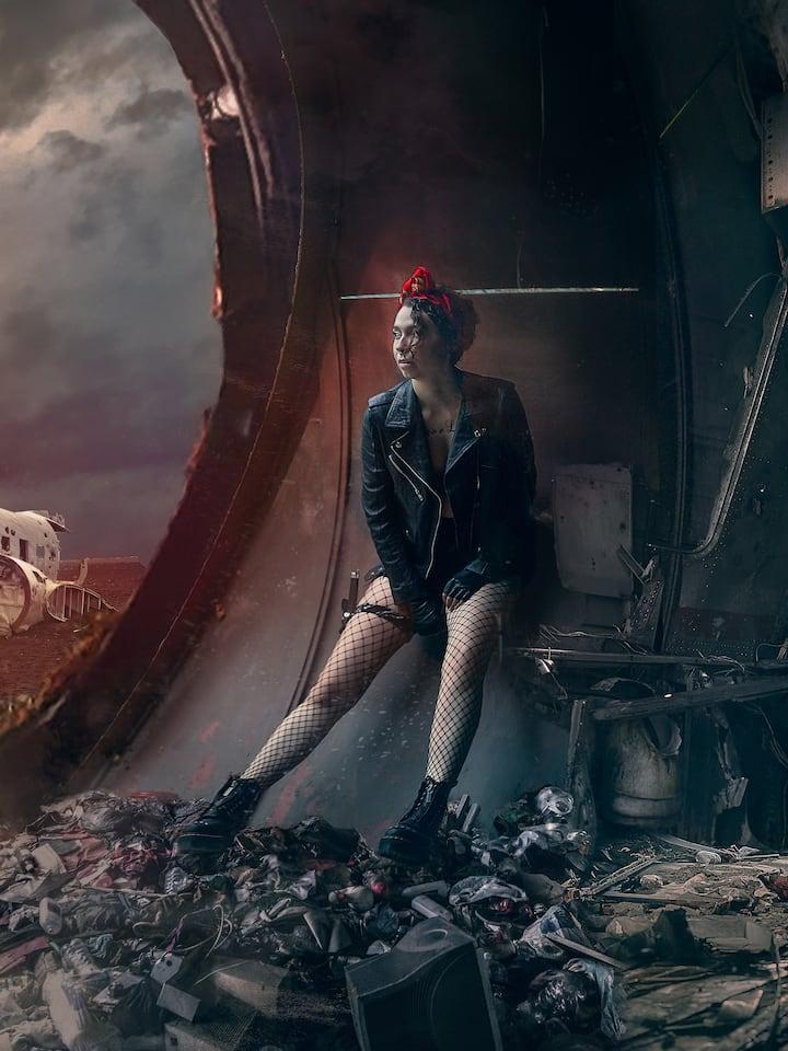 Survivor of the apocalypse (Momo, 8/20)