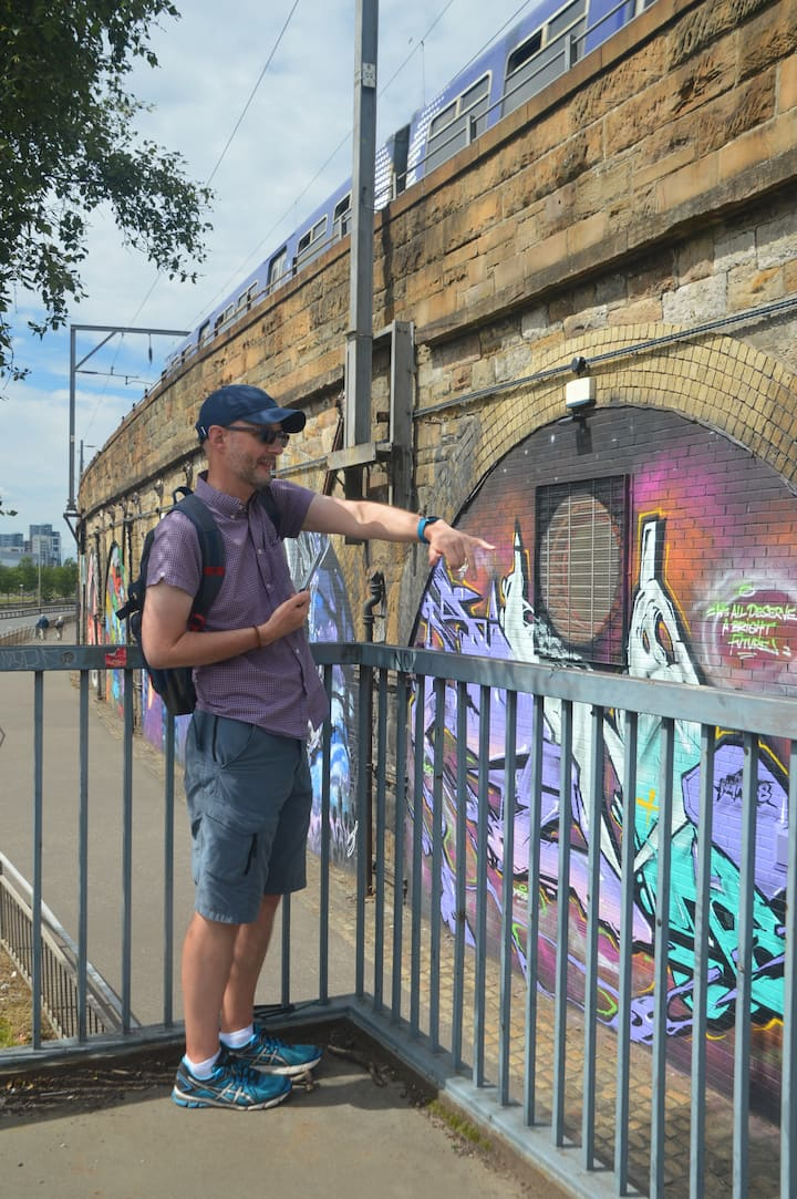 Guiding a Street Art tour in Glasgow