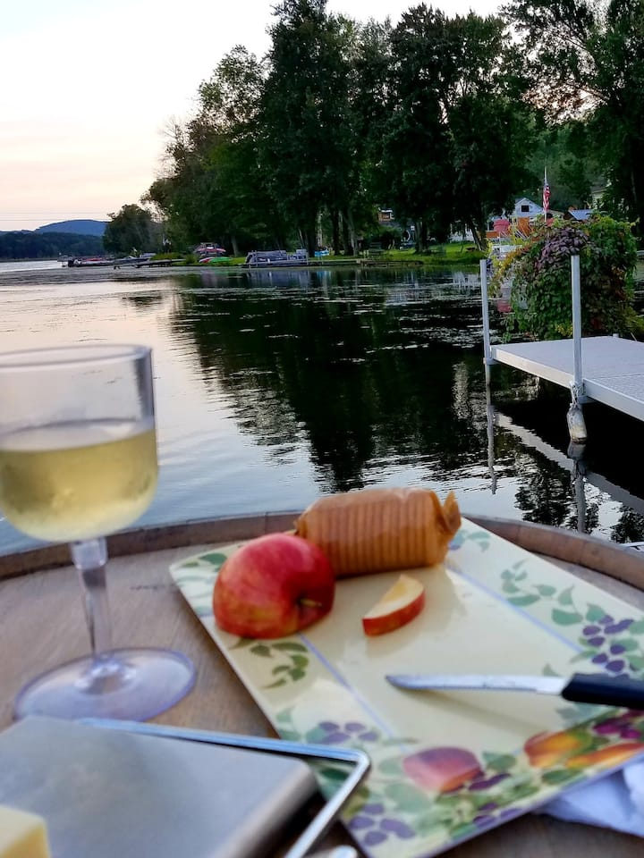 Sunset picnic afloat