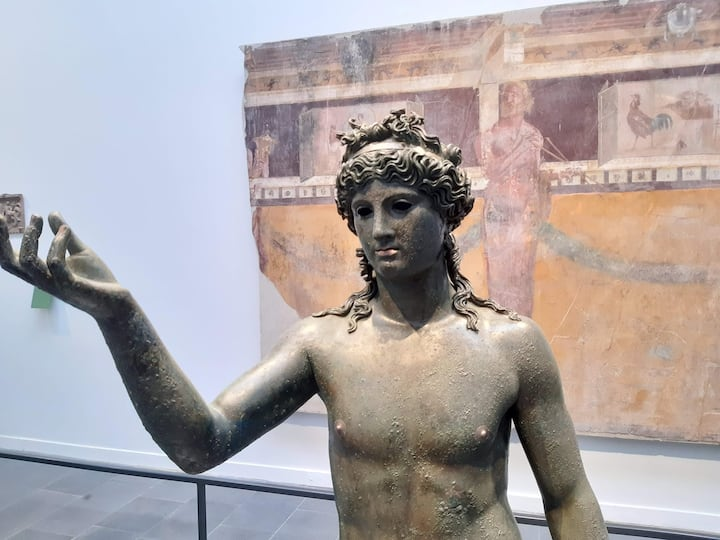 Statua di Apollo dell'Antiquarium