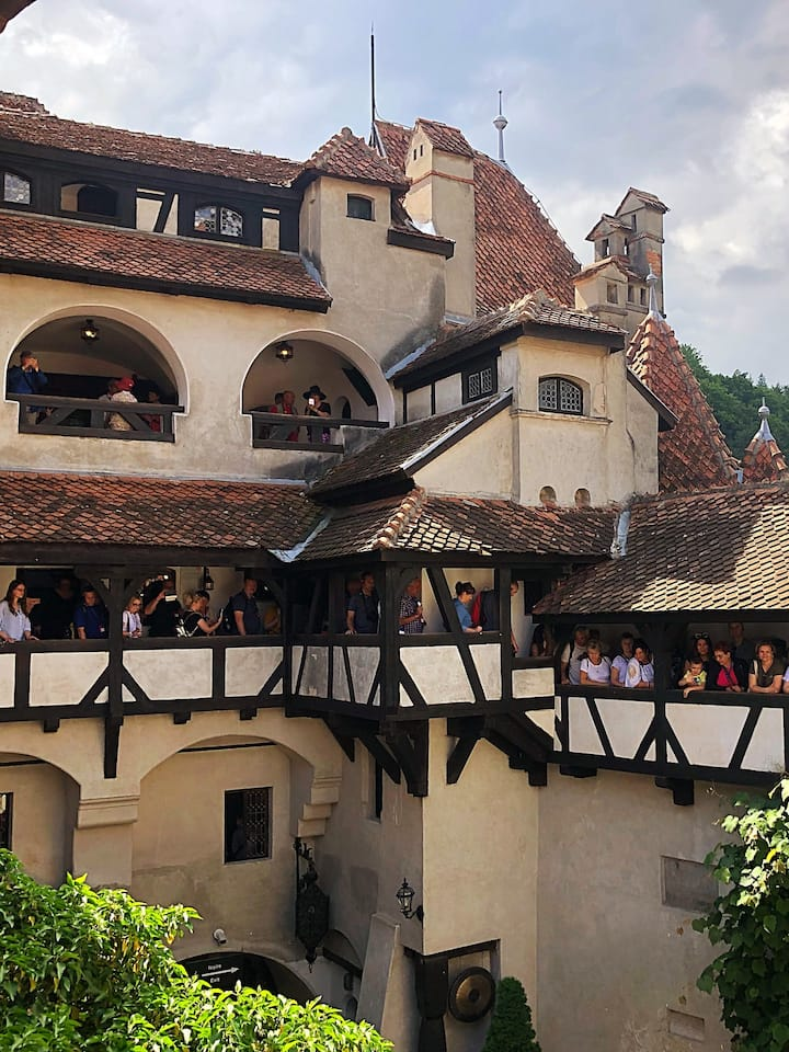 Touring the Bran Castle!