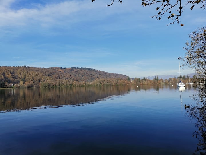 Views of the Lake from the bike trail