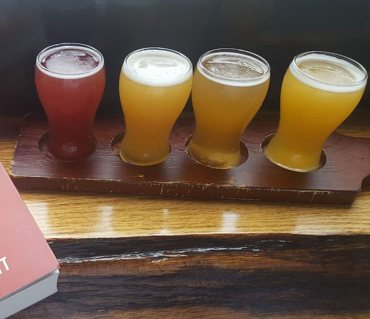 A flight at Iconyc Brewing