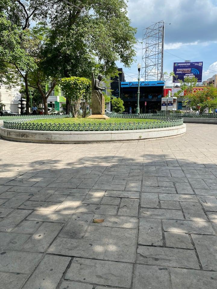 Plaza marimbas