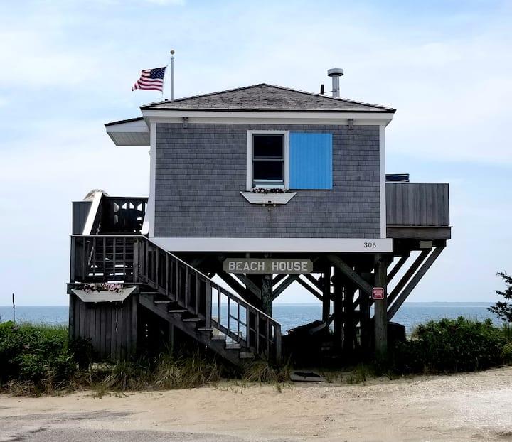Unique cottages on stilts