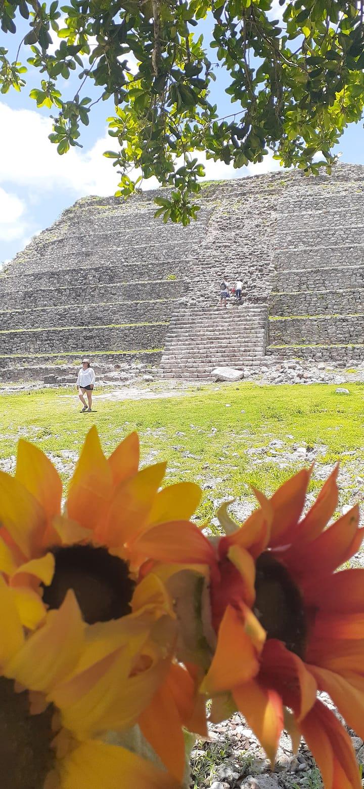 subiremos una gran pirámide.