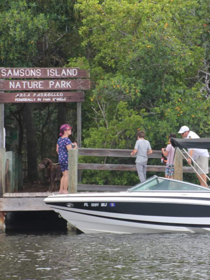 Arrival at Samson Island Dock