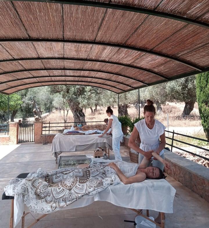 Optional Massages (30/60min.)