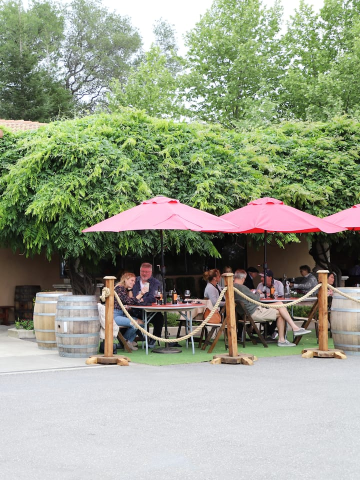 Wise Villa Winery and Bistro