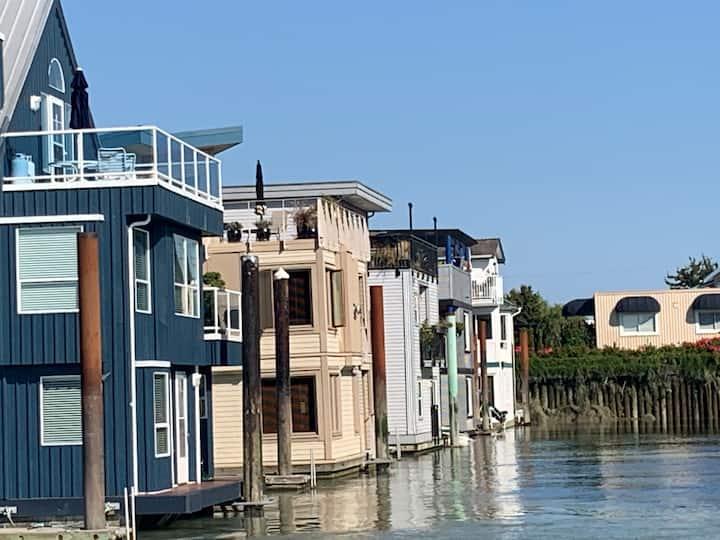 Float homes