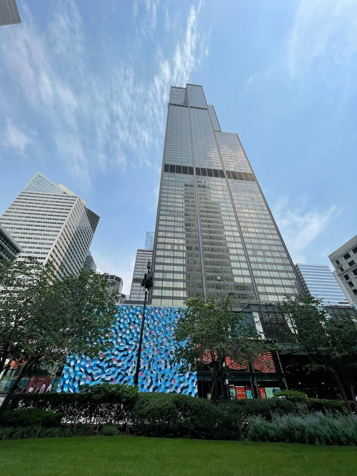 See Chicago's tallest from another perspective as we take a pit stop at the new Urban Space Food Hall at the Willis Tower.