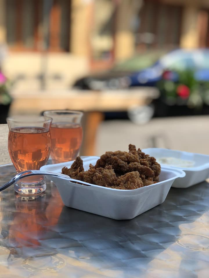 Fried chicken and cider