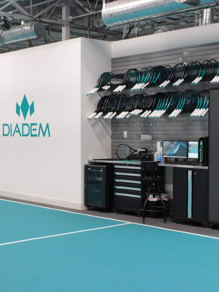 Our state-of-the-art technology allows us to analyze: Swing Path, Angular Speed, Linear Speed, Racket relative to the court, Racket relative to body, Static weight, swing weight and balance.