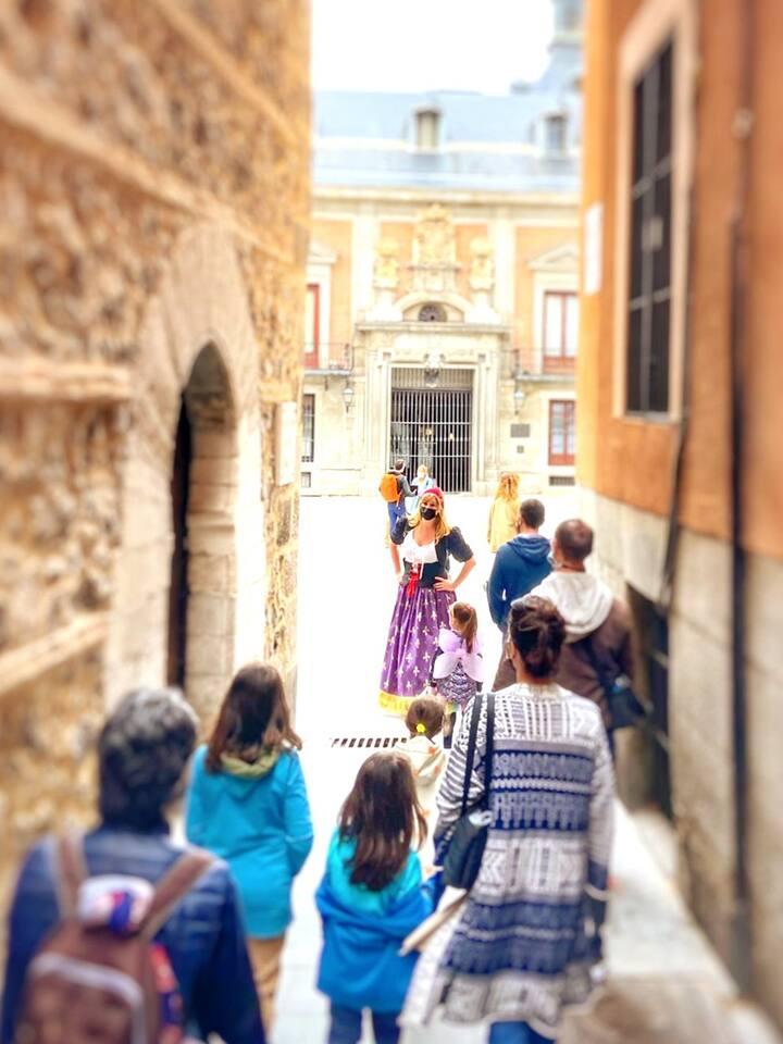 Siguiendo a Catalina por las calles de Madrid.