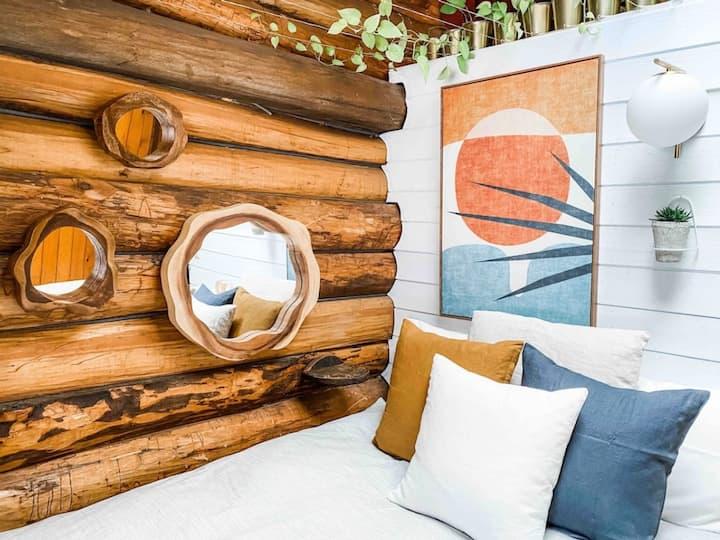 Log Cabin in The Catskills • Desert Room