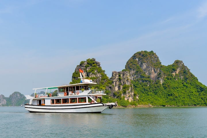 Halong Bay Full Day Tour By EXPRESSWAY