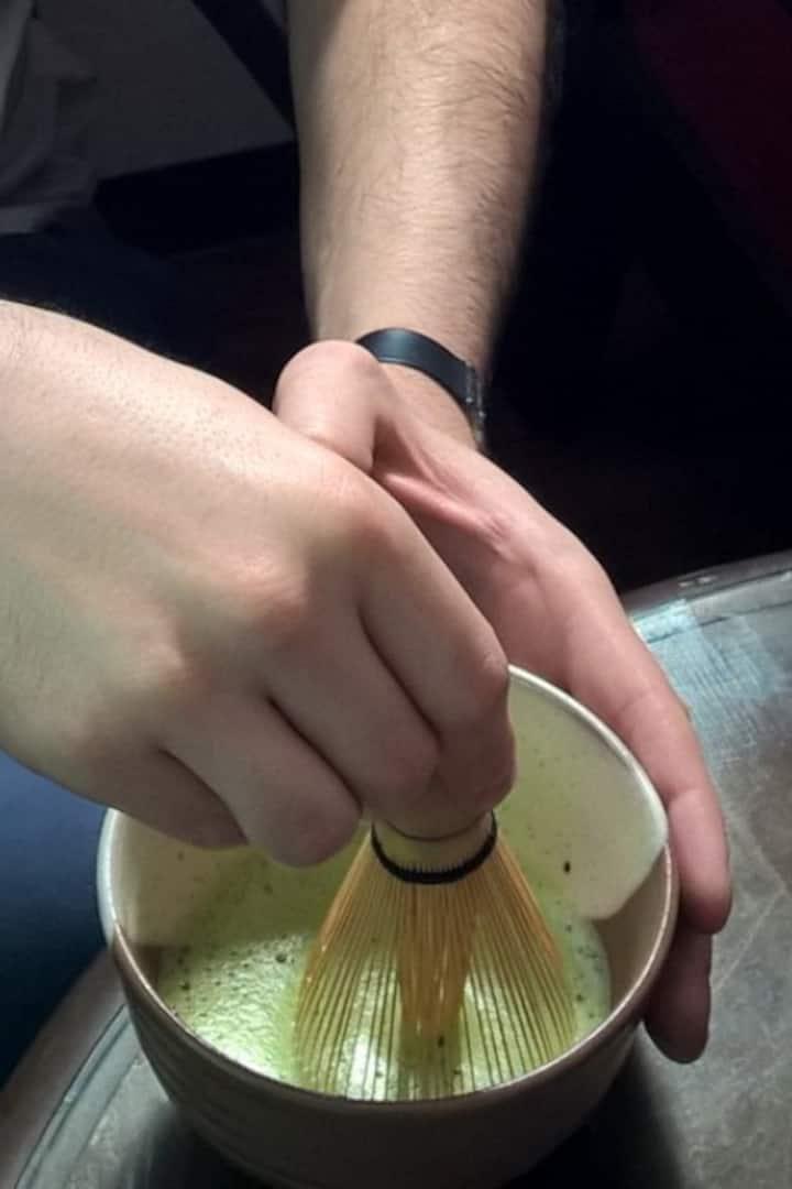 guest enjoy making Matcha Green Tea