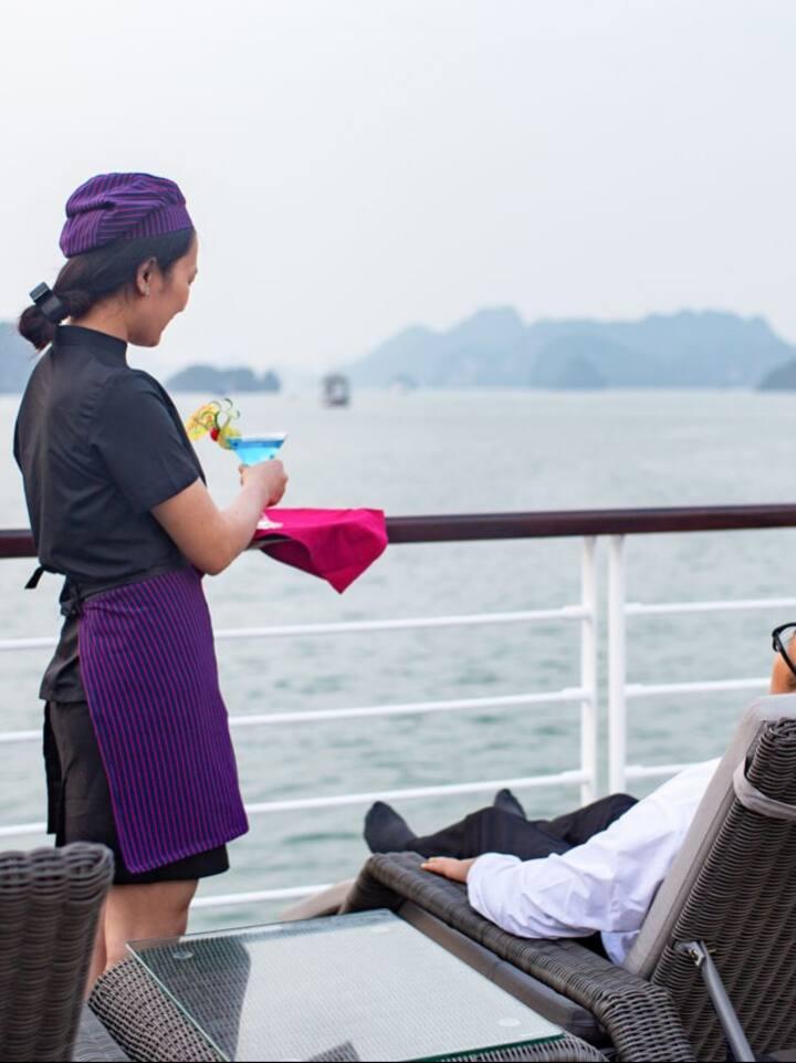 Jadesails - Luxury Halong Cruise