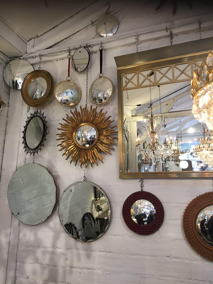 Trendy mirrors