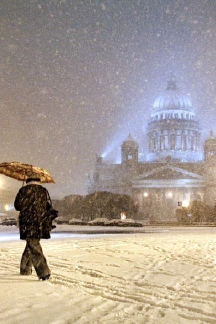 Winter Saint-Petersburg is so magical