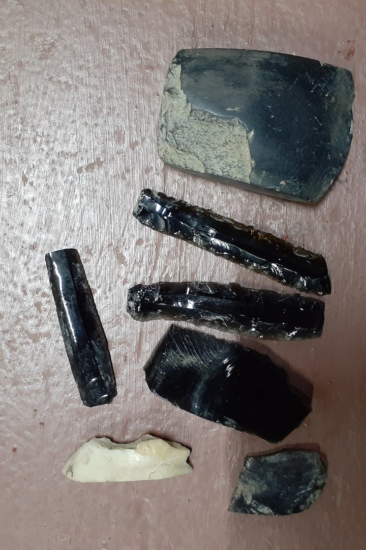 Obsidians we found in the ancient tunnel