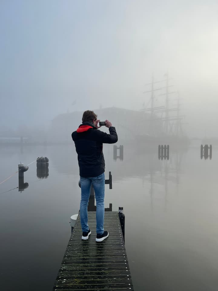 Snap the magic of Amsterdam