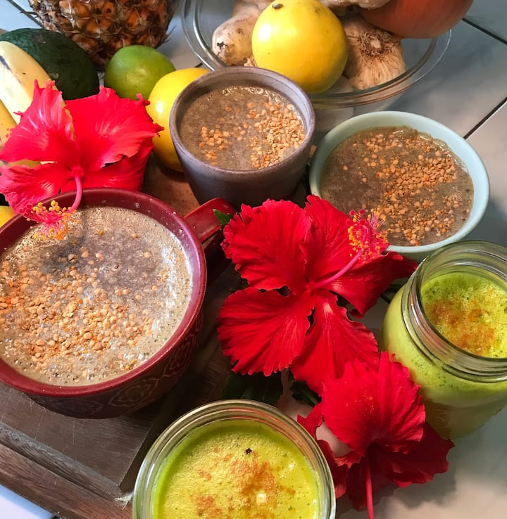 Healthy juices and smoothies:)